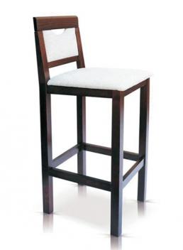 Drevená barová stolička Kurtis