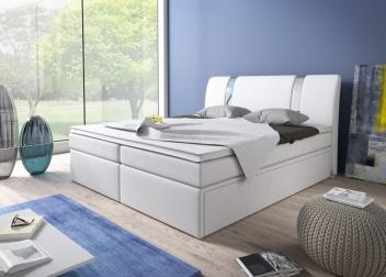 Čalúnená manželská posteľ Sabatino